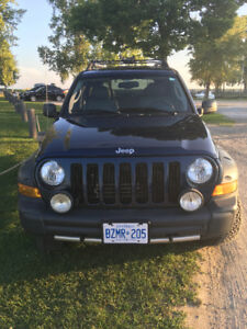 2005 Jeep Liberty Renegade - FULLY LOADED!!