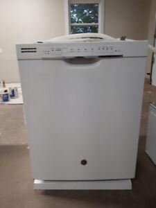 GE 24 inch Built in Dishwasher