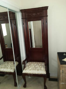 Entryway/Hallway Chair with Mirror and Key Storage