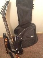 LOOKING TO TRADE MY GUITAR