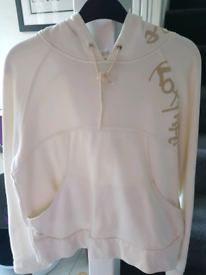 Roxylife hoodie in excellent condition. Size approx 10-12