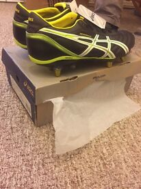 Asics Men's Rugby Boots.