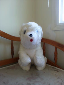 VINTAGE MINT Ganz Brothers Toys Ltd White Stuffed Dog 1960s