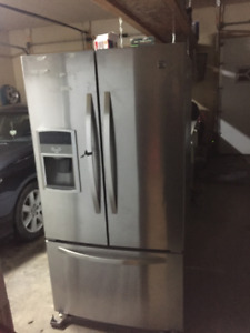 Kenmore Fridge/Freezer For Sale