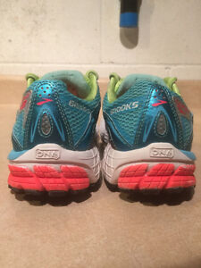 Women's Brooks Ravenna 5 DNA Running Shoes Size 9 London Ontario image 2