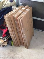 Moving cardboard boxes boites carton déménagement