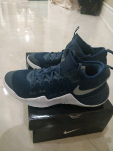 New Mens Nike Hypershift Basketball Shoes Size 9 (worn twice) d646c2e4a67f
