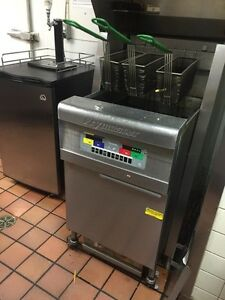 Frymaster deep fryer for wings & fries