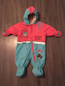 Baby / toddler girl snow suits / winter suits / warm outerwear Gatineau Ottawa / Gatineau Area image 3