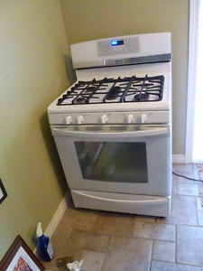 "Kenmore Elite 30"" Gas Range"
