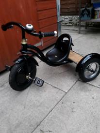 c6e8d5823c3 Kids schwin quality pedal trike bargain £10