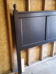 Double/Queen  Headboard in new condition. London Ontario image 2
