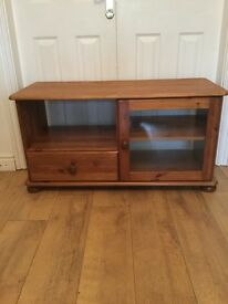Pine tv unit in great condition