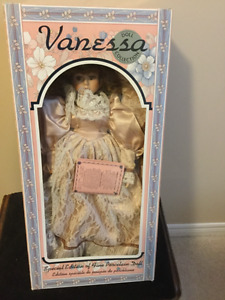 Porcelain Collector Vanessa Dolls