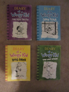 Diary of A Wimpy Kid  (Soft Cover)