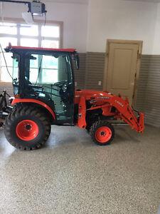 2017 Kubota  B2650HSDC Tractor w/ Attachments