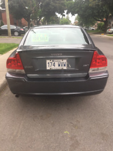2006 Volvo S60 2.5T Turbo - great condition!