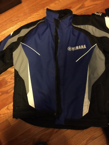 YAMAHA SNOWMOBILE SUIT- BRAND NEW CONDITION Men's Large