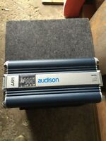 """Selling Addison 500w rms and Orion 12"""" sub with box"""