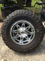 Fuel Hostage rims with Toyo open country M/T