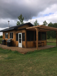 cabin -Woodridge MB