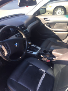2004 BMW 3-Series 320i Sedan Manual.Open to offers