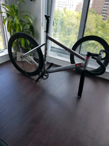 Track bike/fixed gear State bicycle black label