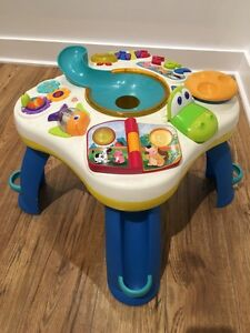 Bright Starts Having a Ball Get Rollin Activity Table  (Used) West Island Greater Montréal image 3