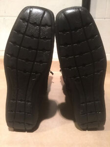 Women's Tall Leather Winter Boots Size 6.5 London Ontario image 4