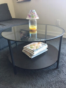 Selling $30 coffee table