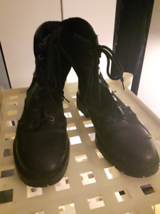 Men's Motorcycle Boots size 11 - Excellent Condition