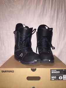 Like New Burton Ivader Boots Size 9