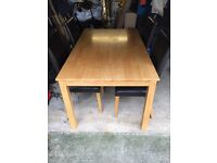 Dining table/leather chairs