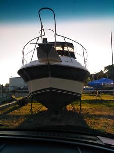 OCTOBER ONLY SUPER SALE!!!  Carver Santego 30' Yacht