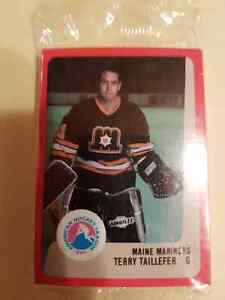 VINTAGE HOCKEY CARD TEAM SET MAINE MARINERS St. John's Newfoundland image 1
