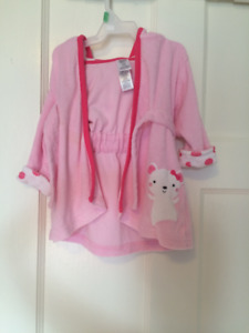 Infant bathrobe 0 to 9 months (Used)