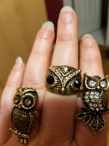 Owl gold & black rings!! Just reduced the price!!