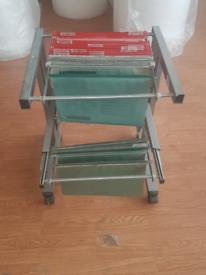 Filing shelf