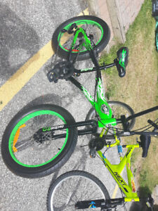 BRAND NEW GREEN AND BLACK BIKE