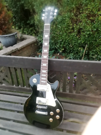 Gear for Music Les Paul style electric guitar.
