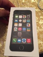 Iphone 5s 16gb black ** Rogers / Chat-r **