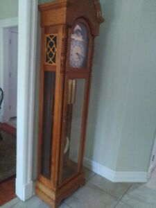 Ridgeway Grandfather Clock | Kijiji in Ontario  - Buy, Sell