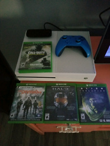 White xbox 1 with 4 games