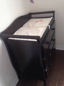 Changing table solid wood