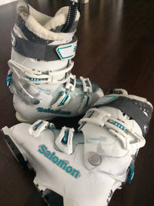 Ladies Ski Boots - Salomon Quest Access 55W - 23.5 - Like New!