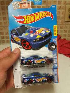 Hotwheels Custom 12 Ford Mustang