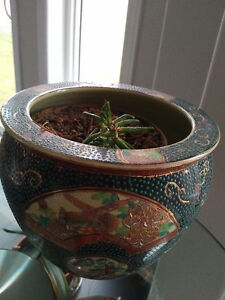 Antique Chinese ceramic flower pot Kitchener / Waterloo Kitchener Area image 1