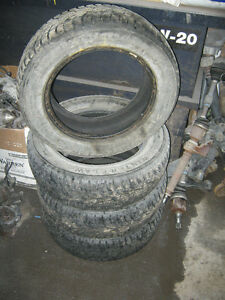 4 pneus d'hiver Winter Claw Exreme Grip 185/65R15