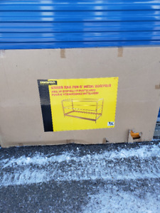 6ft Bakers Scaffolds x2 and NEW in box Guard Rail System