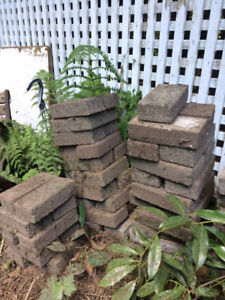 CHEAP! GREAT DEAL ON USED PATIO STONES!